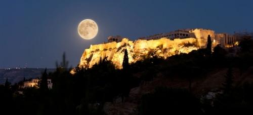 akropoli-660-ora-tis-gis-2012